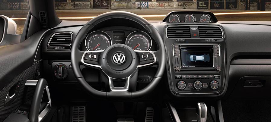 Tampilan Dashboard Volkswagen Scirocco 2019 Baru dijual di Carmudi Indonesia